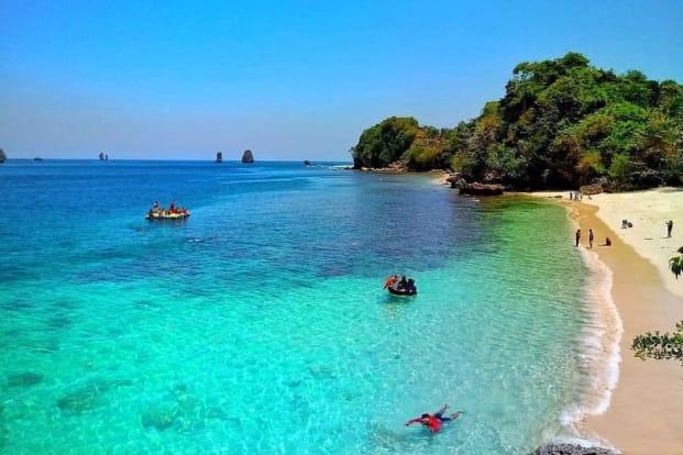 Malang Beach - 1 Day Tour