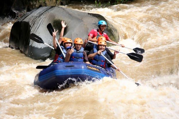 Paket Rafting Caldera Sukabumi