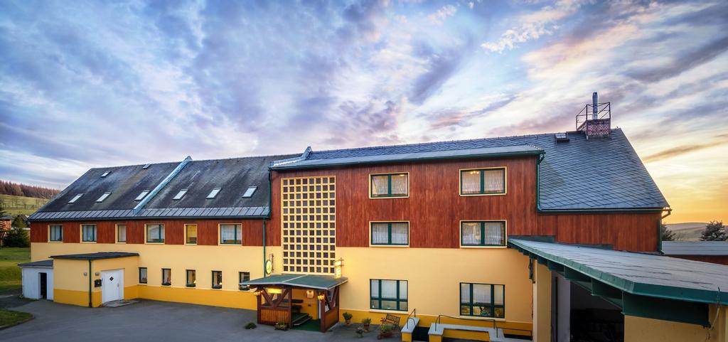Ferienhotel Goldhübel, Mittelsachsen