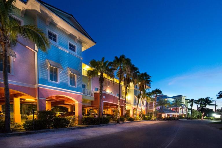 The Lighthouse Resort Inn & Suites, Lee
