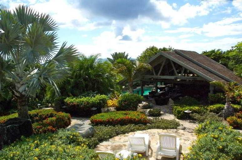 Nail Bay Resort,