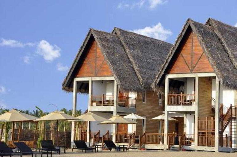 Maalu Maalu Resort and Spa, Koralai Pattu (Valachchenai)