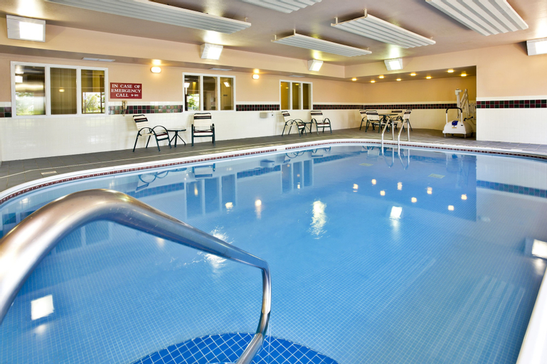 Country Inn & Suites by Radisson, Marion, OH, Marion