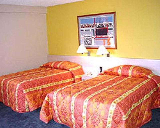 Lincoln Suites, Libertador