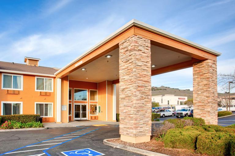 Quality Inn Near Six Flags Discovery Kingdom-Napa, Solano