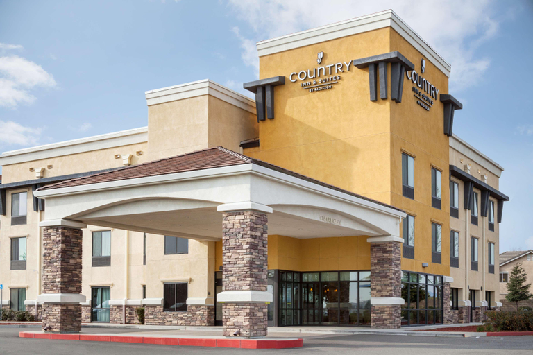 Country Inn & Suites by Radisson, Dixon, CA - UC Davis Area, Solano