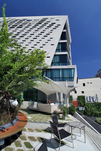 Lit Bangkok Hotel & Residence, Pathum Wan