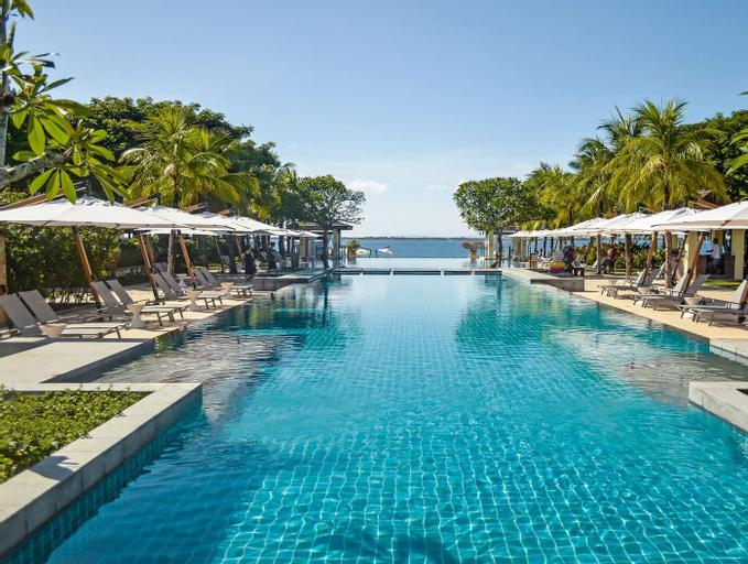 Crimson Resort and Spa Mactan, Lapu-Lapu City