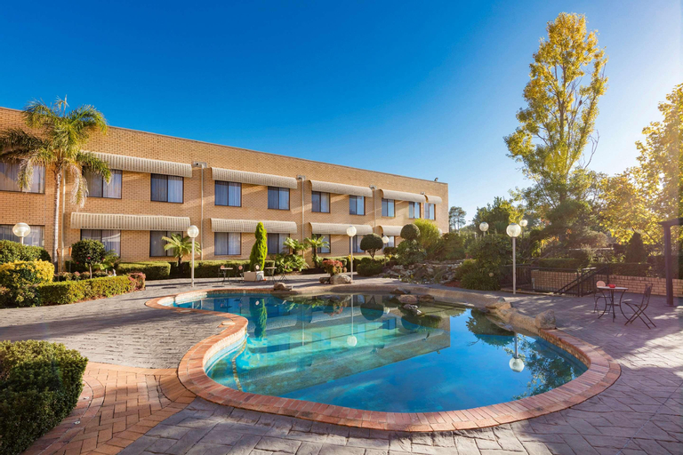Garden City Hotel, Signature Collection, Narrabundah