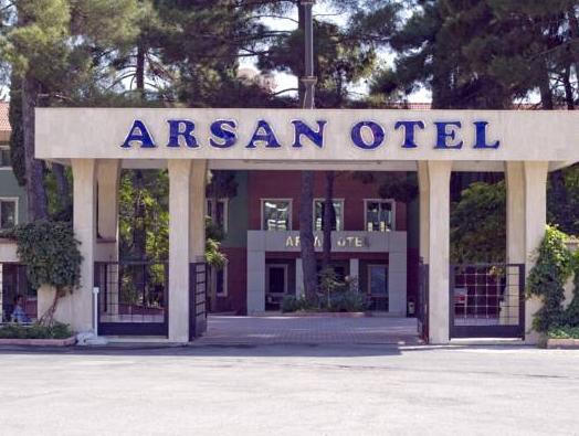 Arsan Hotel, Merkez