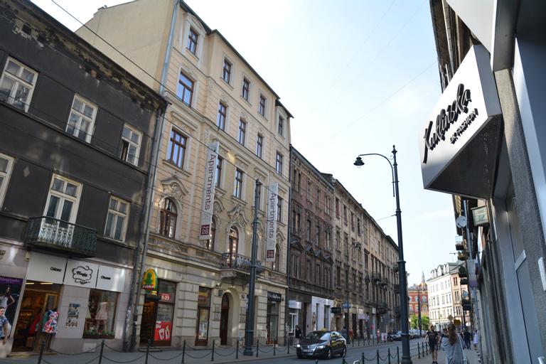 Pergamin Aparthotel, Kraków City