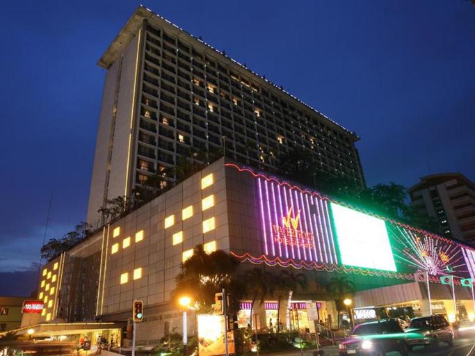 Waterfront Manila Pavilion Hotel, Manila