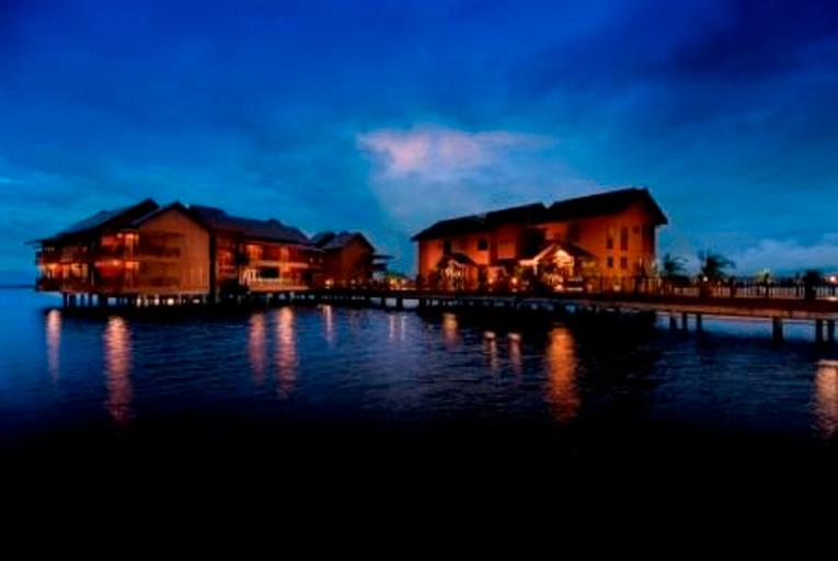 Bukit Merah Laketown Resort, Kerian