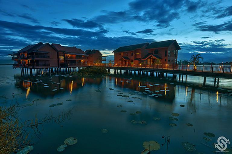 Kampung Air (Water Chalet) Bukit Merah, Kerian