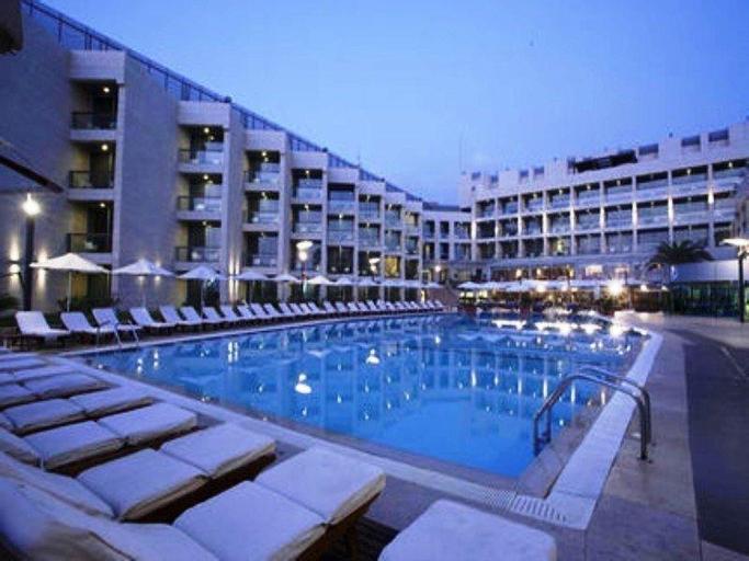 Coral  Beach Hotel & Resort, Baabda