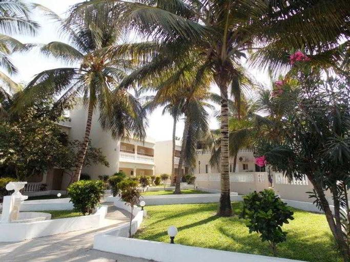 Mansea Hotel, Kombo Saint Mary