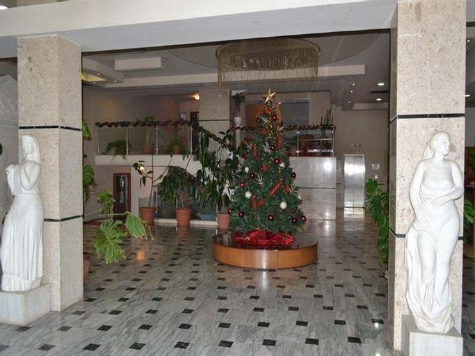 Grand Hotel Palace Korce, Korçës