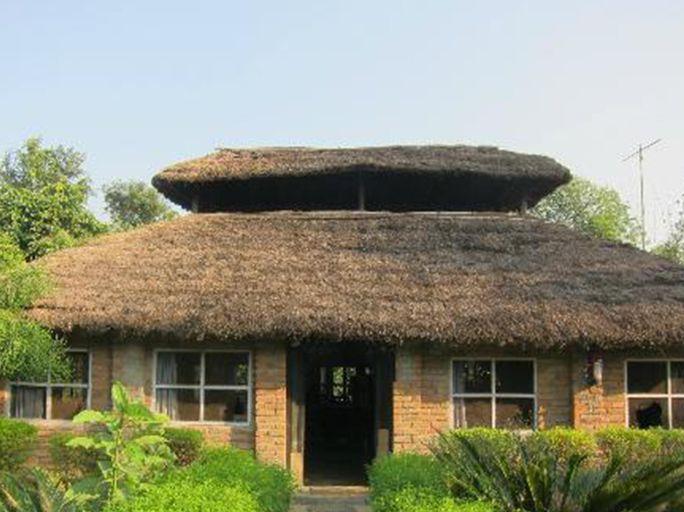 Bardia Jungle Cottage, Bheri