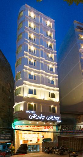 Ruby River Hotel, Quận 1