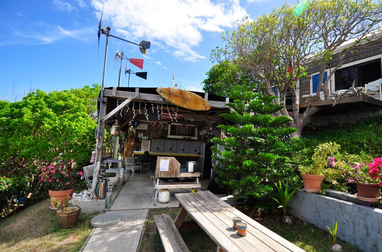 Maho Bay Camps, Central