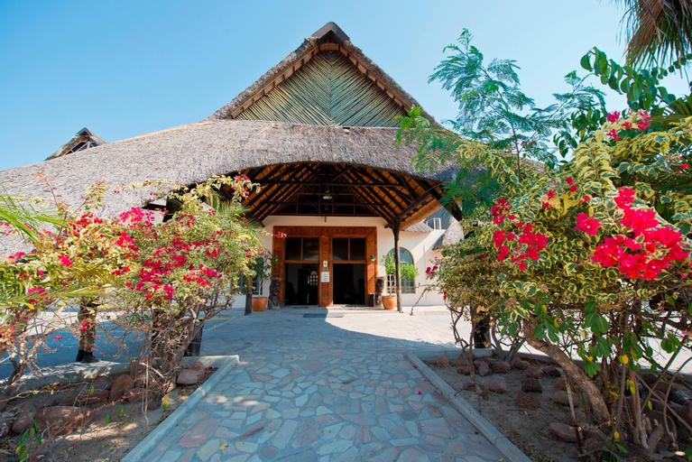 Oshakati Country Hotel, Oshakati East