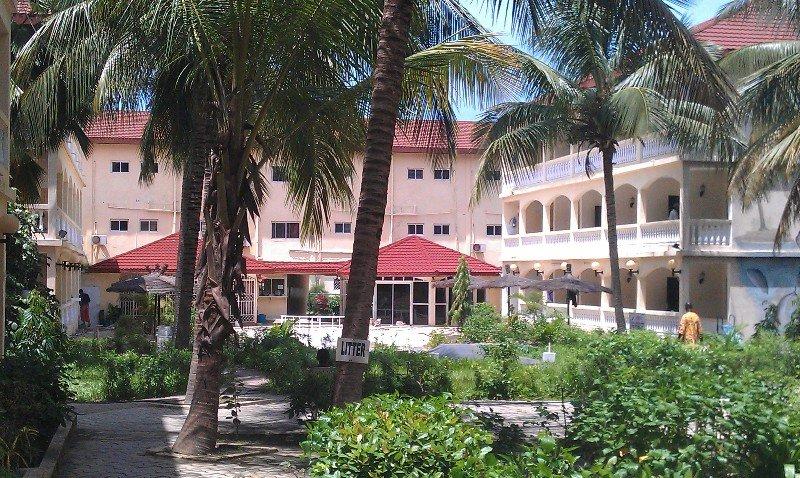 Sarges hotel, Kombo Saint Mary