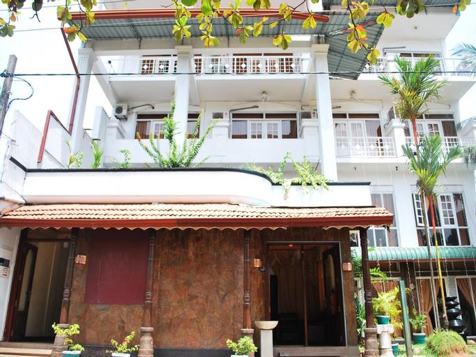 OYO 367 Hotel Nathaliya, Katana
