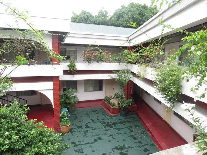 Broadway Court Apartelle 4th Street, Quezon City