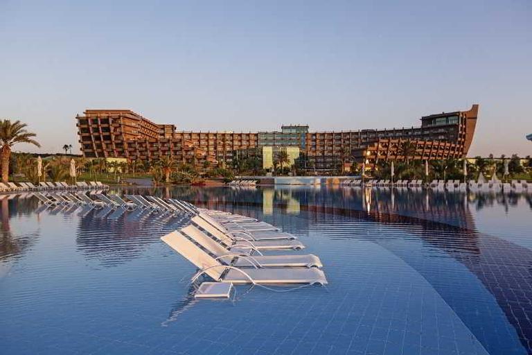 Noah's Ark Deluxe Hotel & Casino,