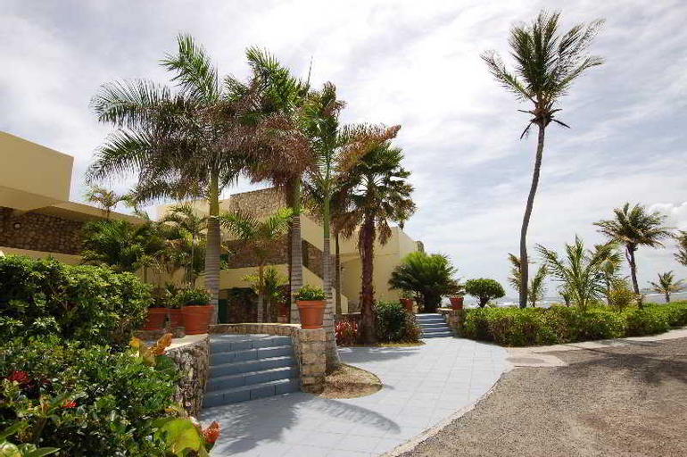 The Palms at Pelican Cove, Sion Farm