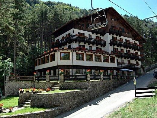 Hotel Mille Pini, L'Aquila