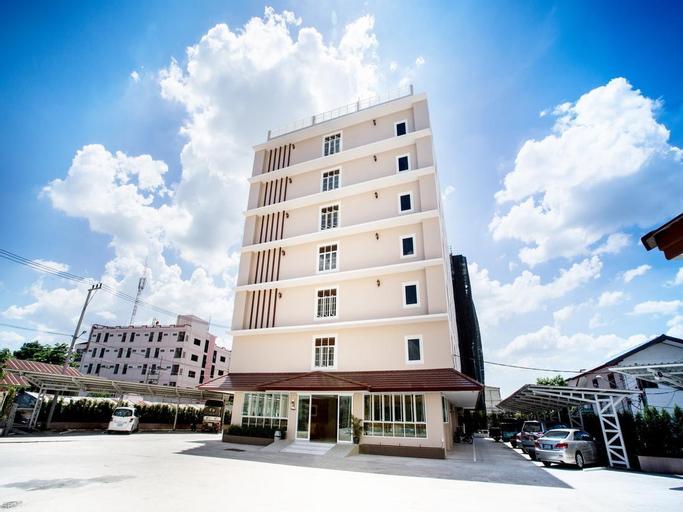P.A. Thani Hotel, Muang Nakhon Sawan