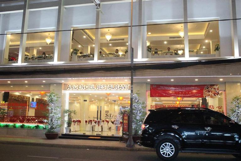Arc En Ciel (Thien Hong Hotel), Quận 5