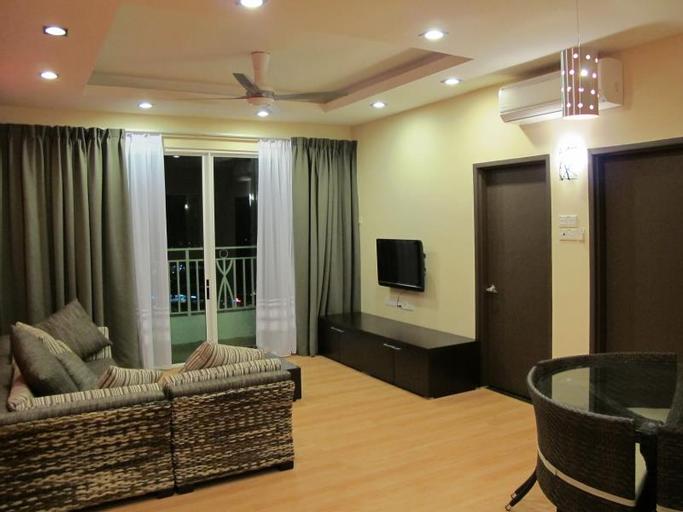 Borneo Holiday Homes @ 1Borneo Tower B Condominium, Kota Kinabalu