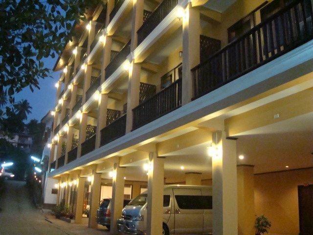 Huaysay Riverside Hotel, Houixai