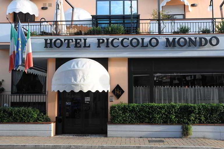 Piccolo Mondo, Pescara