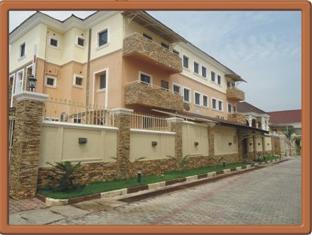 Trafford Hotel Gwarimpa, AbujaMun