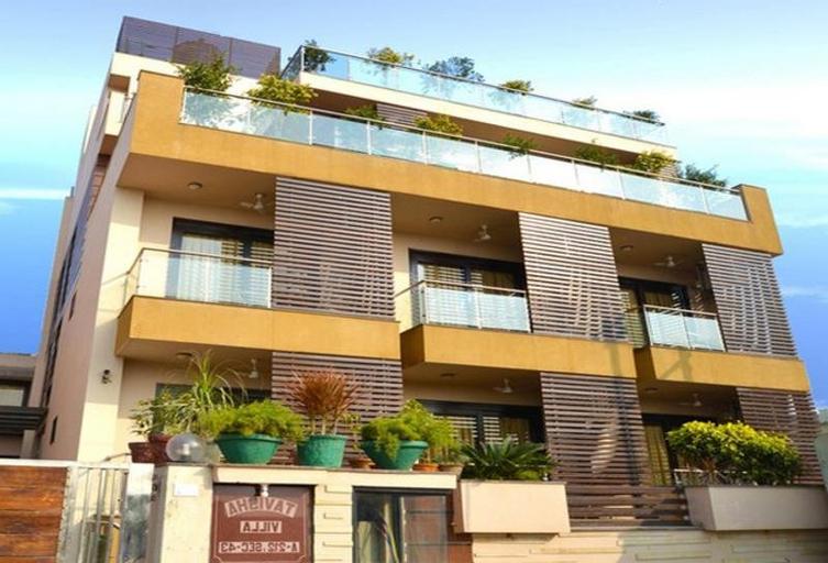 Tavisha Villa Noida, Gautam Buddha Nagar