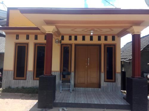 kamar tidur, Lombok Timur