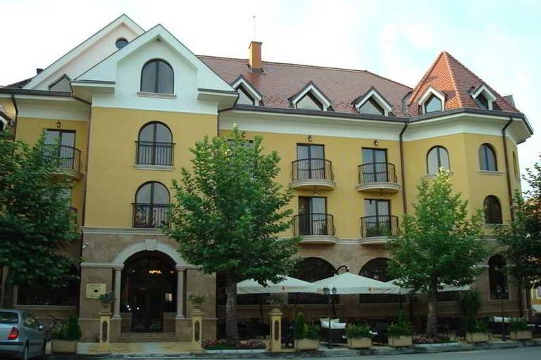 Hotel Chinar, Hisar