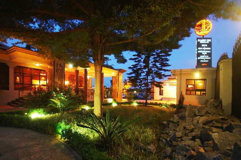 Planet One Hotel & Wellness, Shomolu