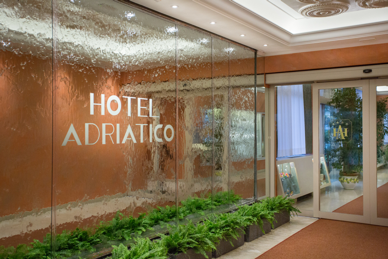 Grand Hotel Adriatico, Florence