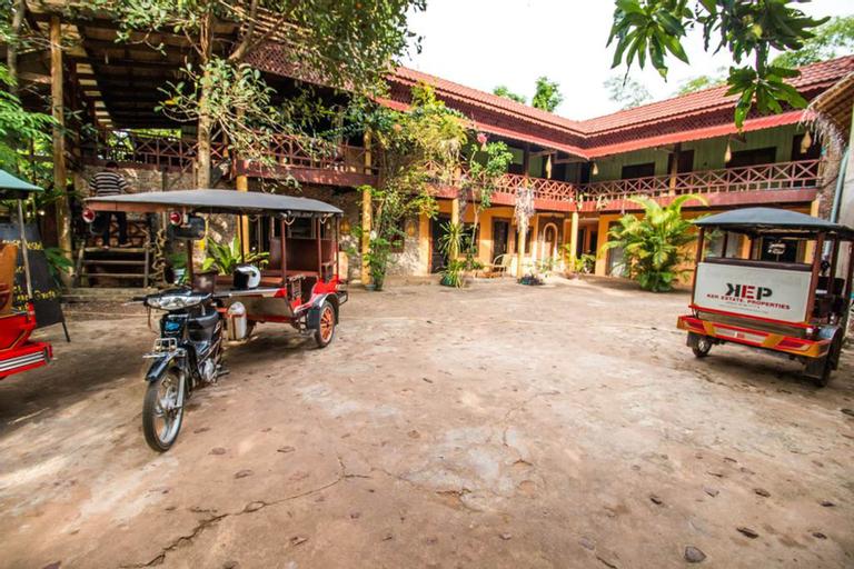Khmer House Hostel, Kaeb