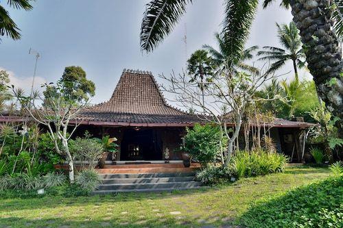ZEN Villa Turi Kaliurang, Sleman