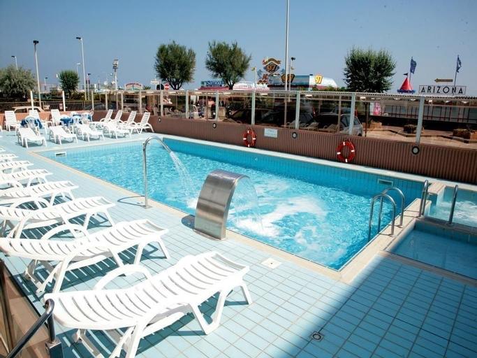 Hotel Arizona, Rimini