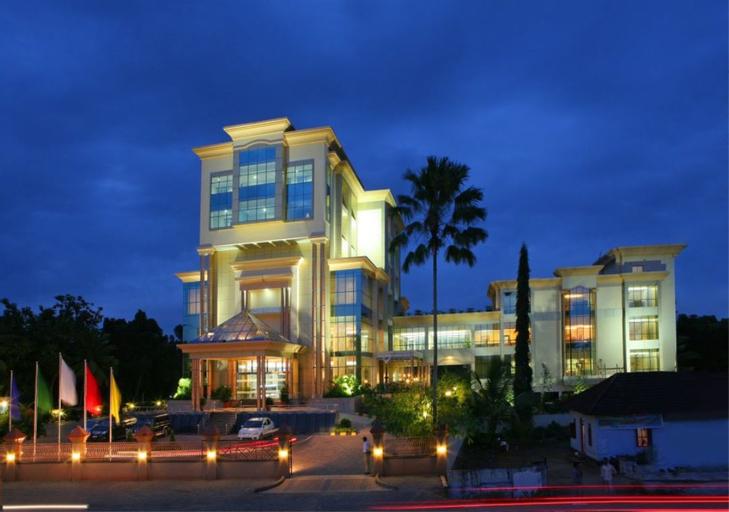 The Royale Gardens Hotel, Alappuzha
