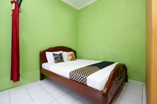 SPOT ON 2106 Homestay Flamboyan, Purbalingga