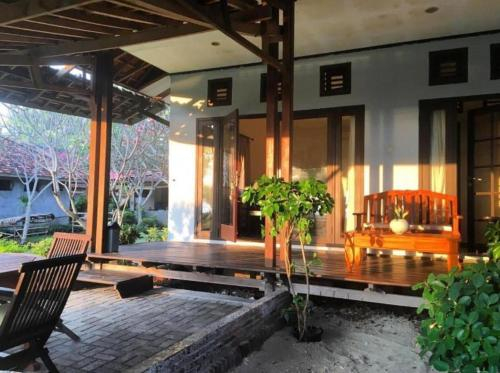 New Rantung Beach Resort and Cafe, Sumbawa Barat