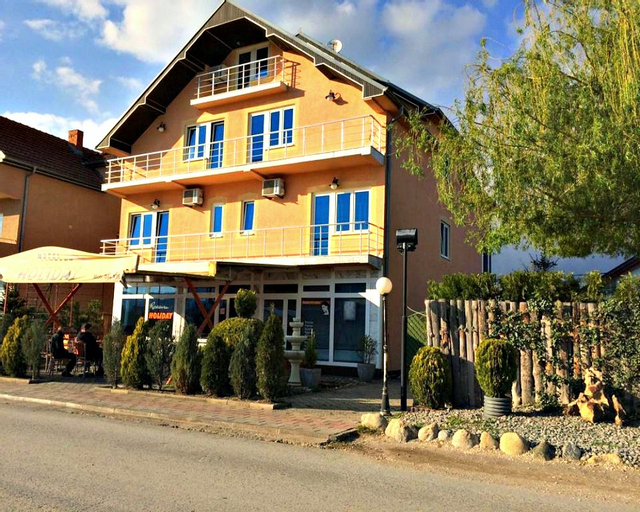 Holiday Motel, Uroševac
