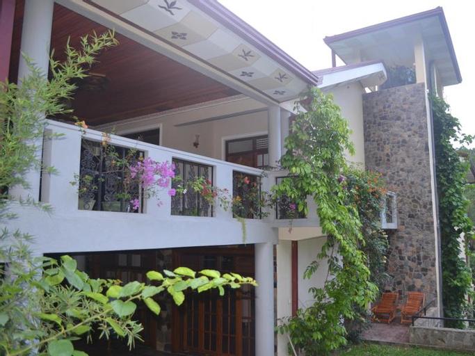 Hillside Holiday Home, Mawathagama